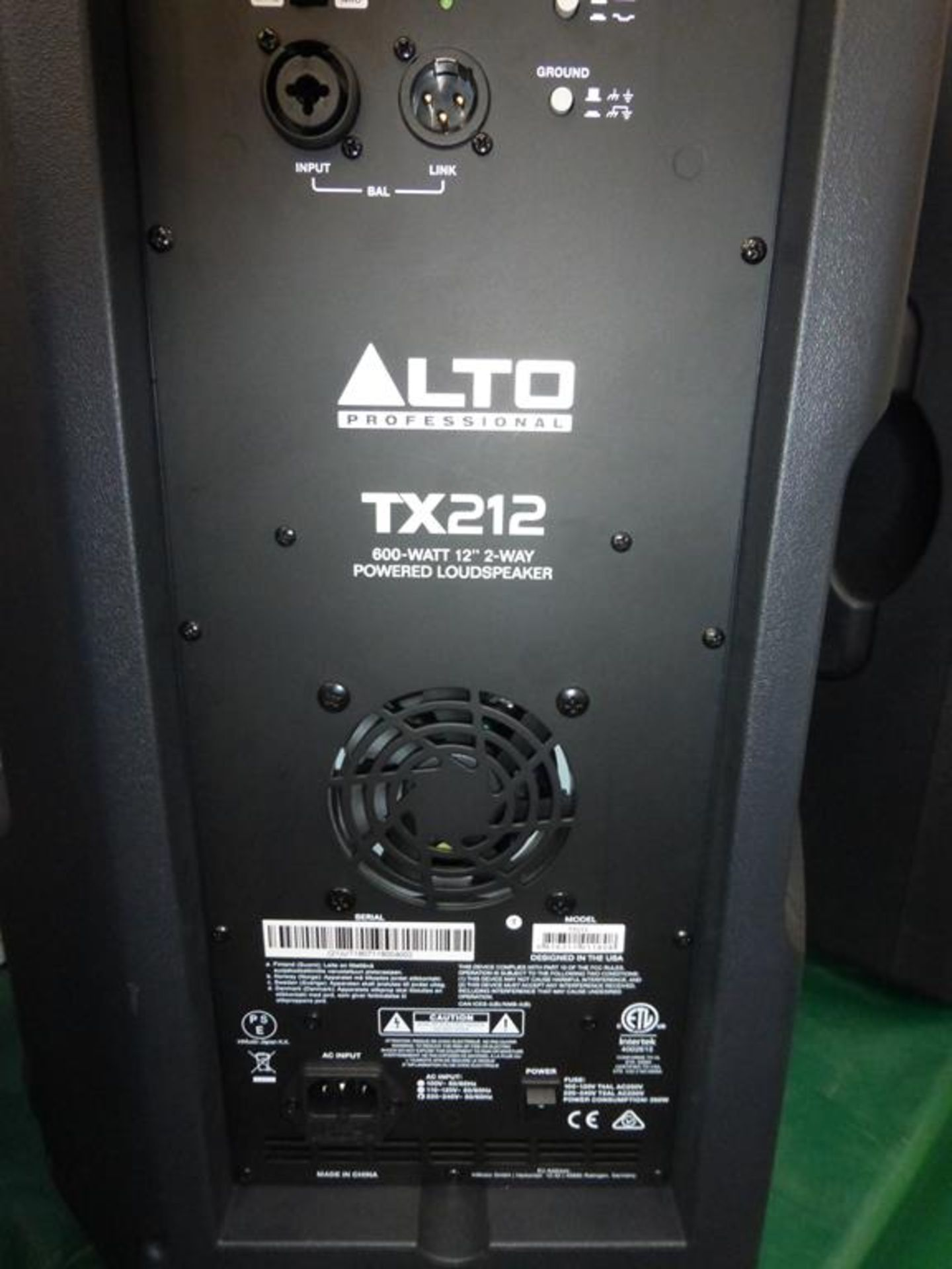 Lot 7 - * Alto Professional TX212 600W 12'' 2-way powered Loudspeaker, s/n (21) UT1807118004002, RRP £228