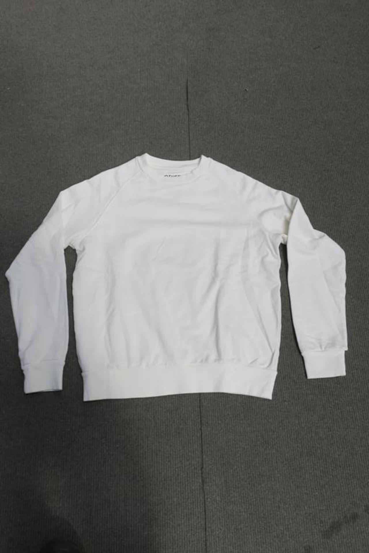 Lot 741 - 8 Other Ragian Sweatshirts Long Sleeved, Colour Ecru, 3 x XL, 3 x Med, 2 x Small