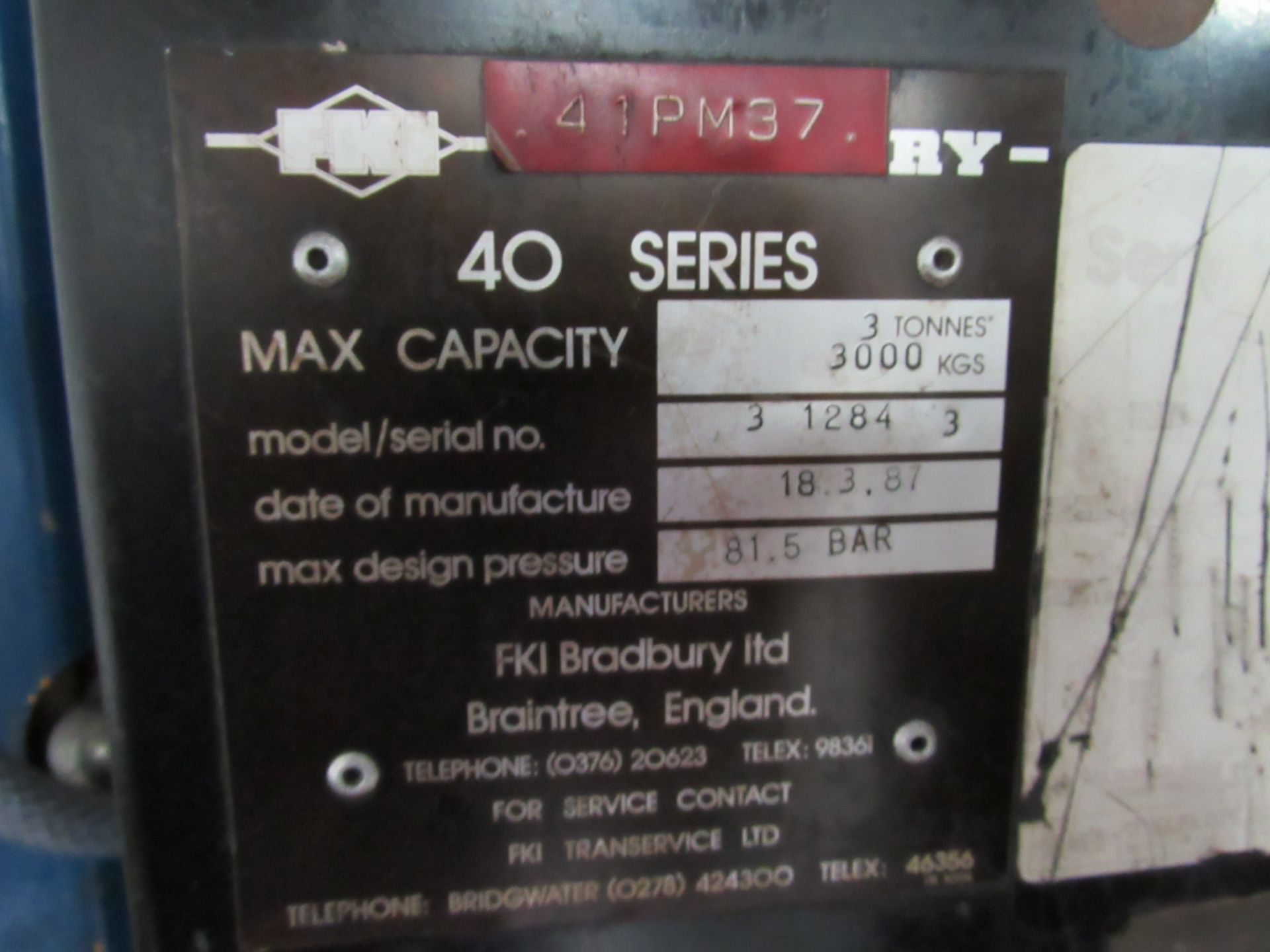 Lot 43 - Bradbury 3 1284 3 40 Series 4 Post Vehicle Lift 3000kg, Year 1987 (Located at Unit 11)