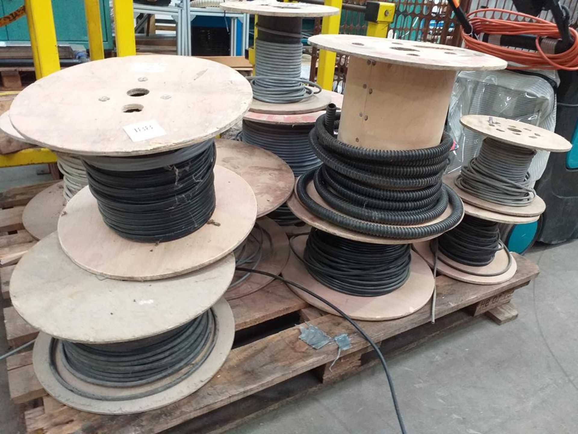 Lot 188 - A Pallet of Various Electrical Cabling