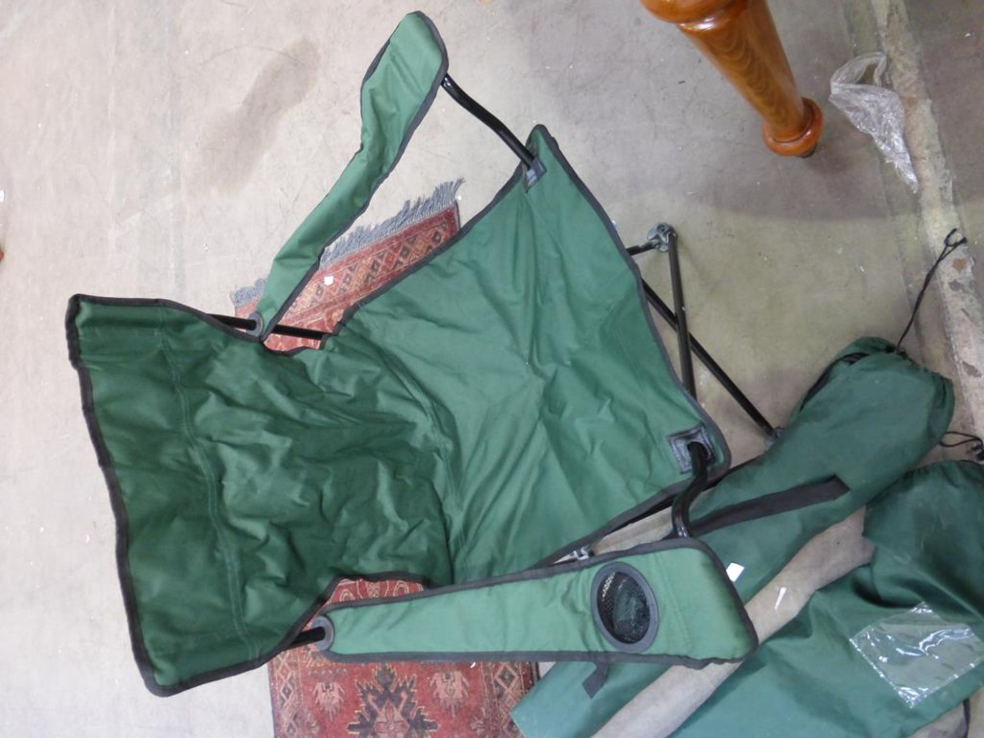 Lot 1190 - A Pair of Camping/Picnic Chairs