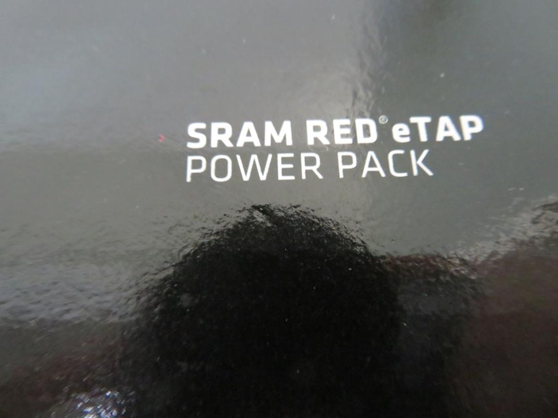 Lot 16 - Sram Red E Tap System comprising of accessories