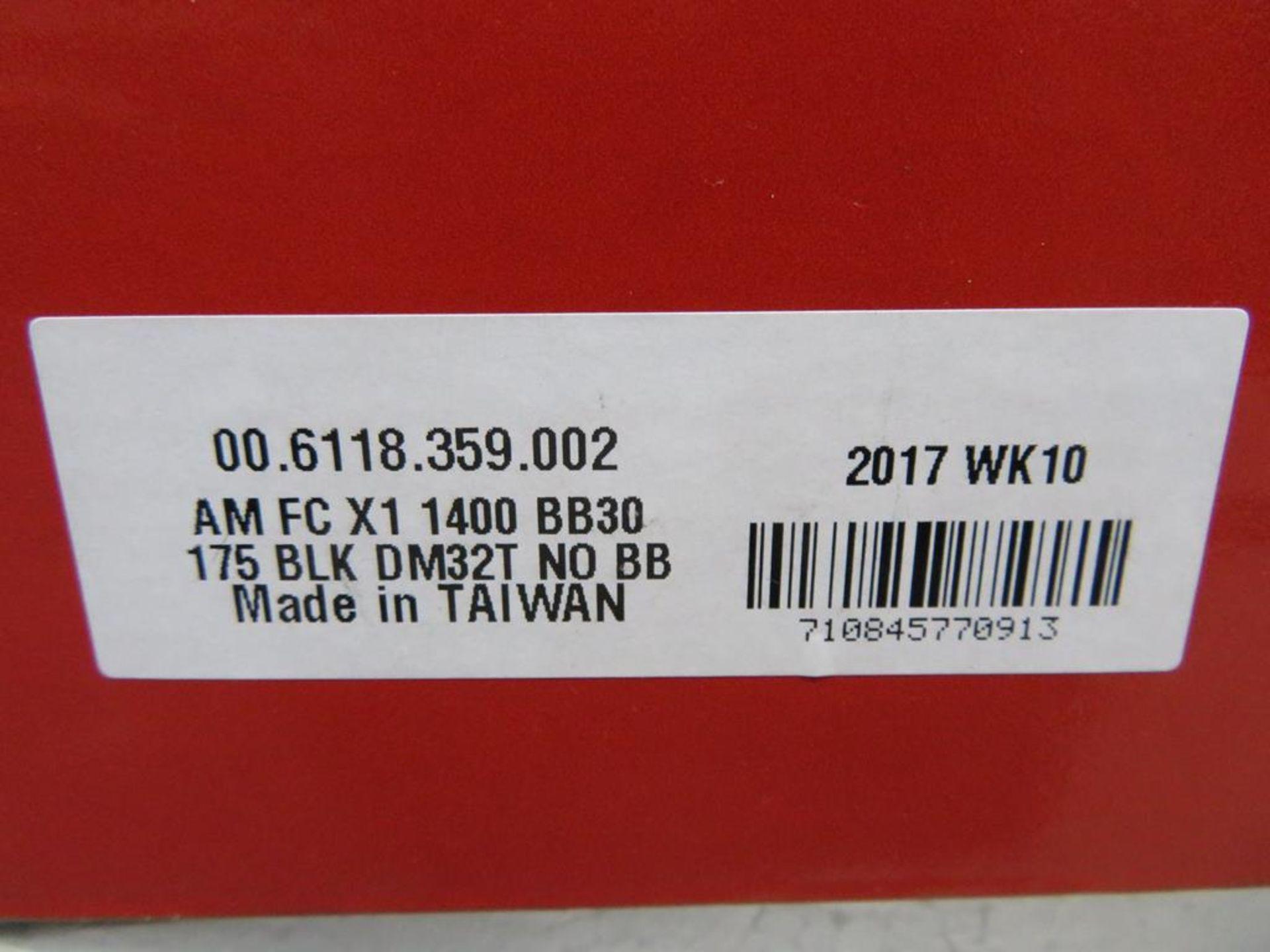 Lot 36 - Sram X1 1400 BB30 Crankset