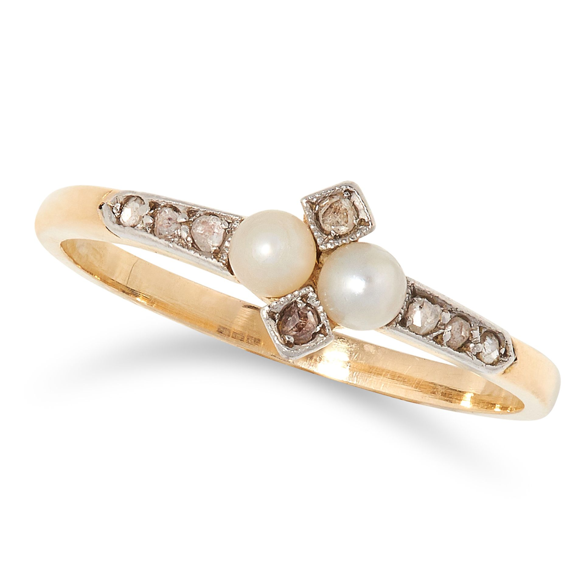 ANTIQUE PEARL AND DIAMOND RING set with two pearls and rose cut diamonds, size M / 6, 1.8g.