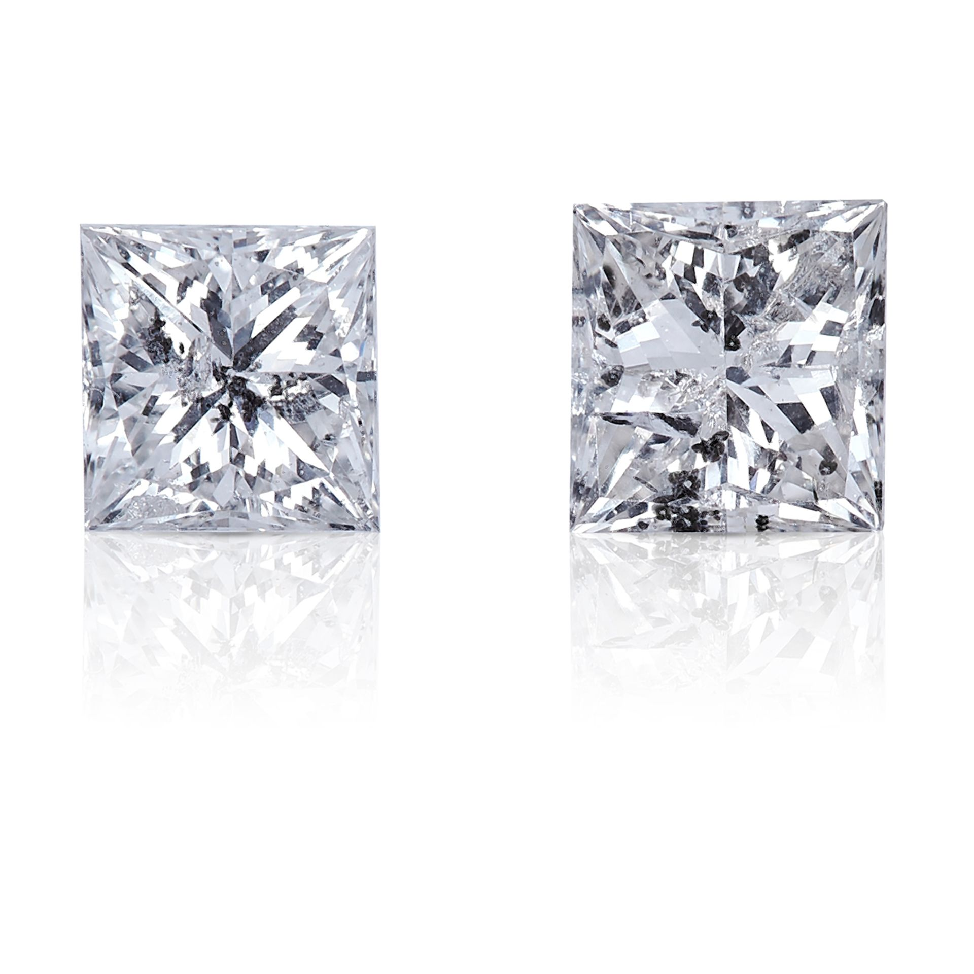 TWO SQUARE MODIFIED BRILLIANT CUT / PRINCESS CUT DIAMONDS, TOTALLING 0.49cts, UNMOUNTED.