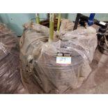 Wire assembly of various sizes and support set for rollers / Ensemble de fil de fer de grosseurs