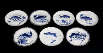 Sieben Teller eines FischservicesBonn, Franz Anton Mehlem, Manufakturstempel und Blindprägemarke, um
