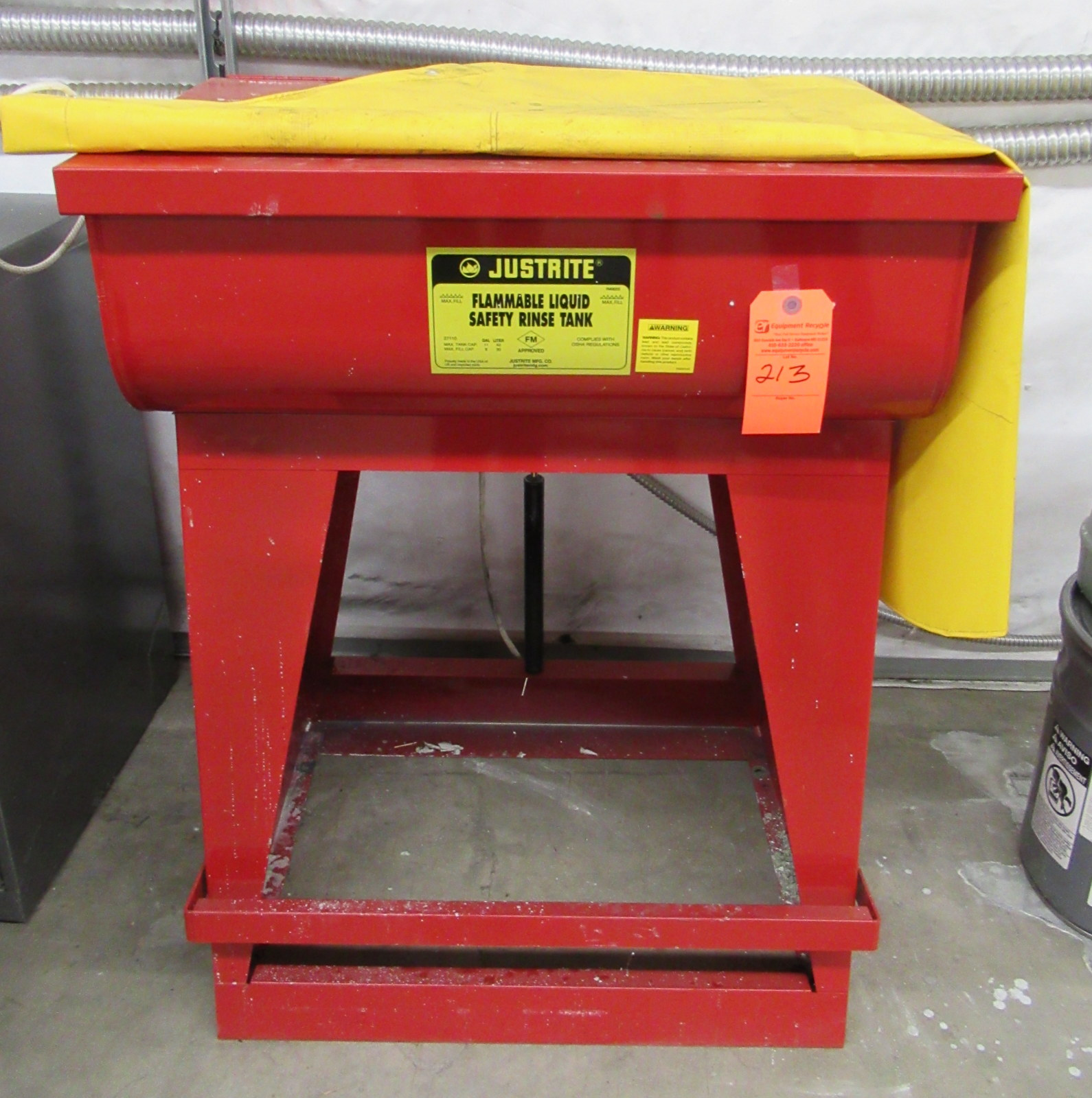 Lot 213 - Justrite Flammable Liquid Rinse Tank & Apron 11 Gallon