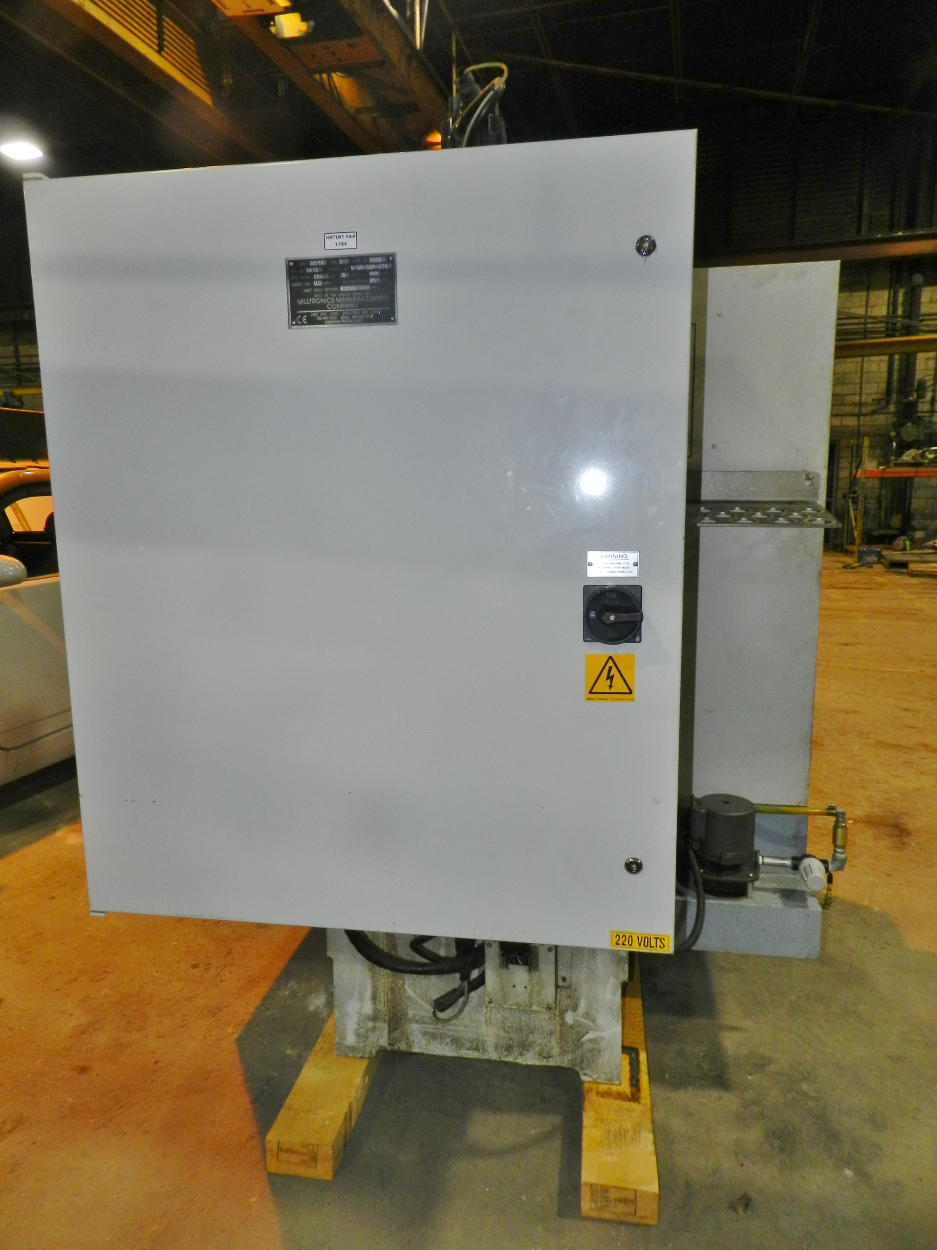 Lot 36 - Milltronics RH14 CNC Vertical Machining Center