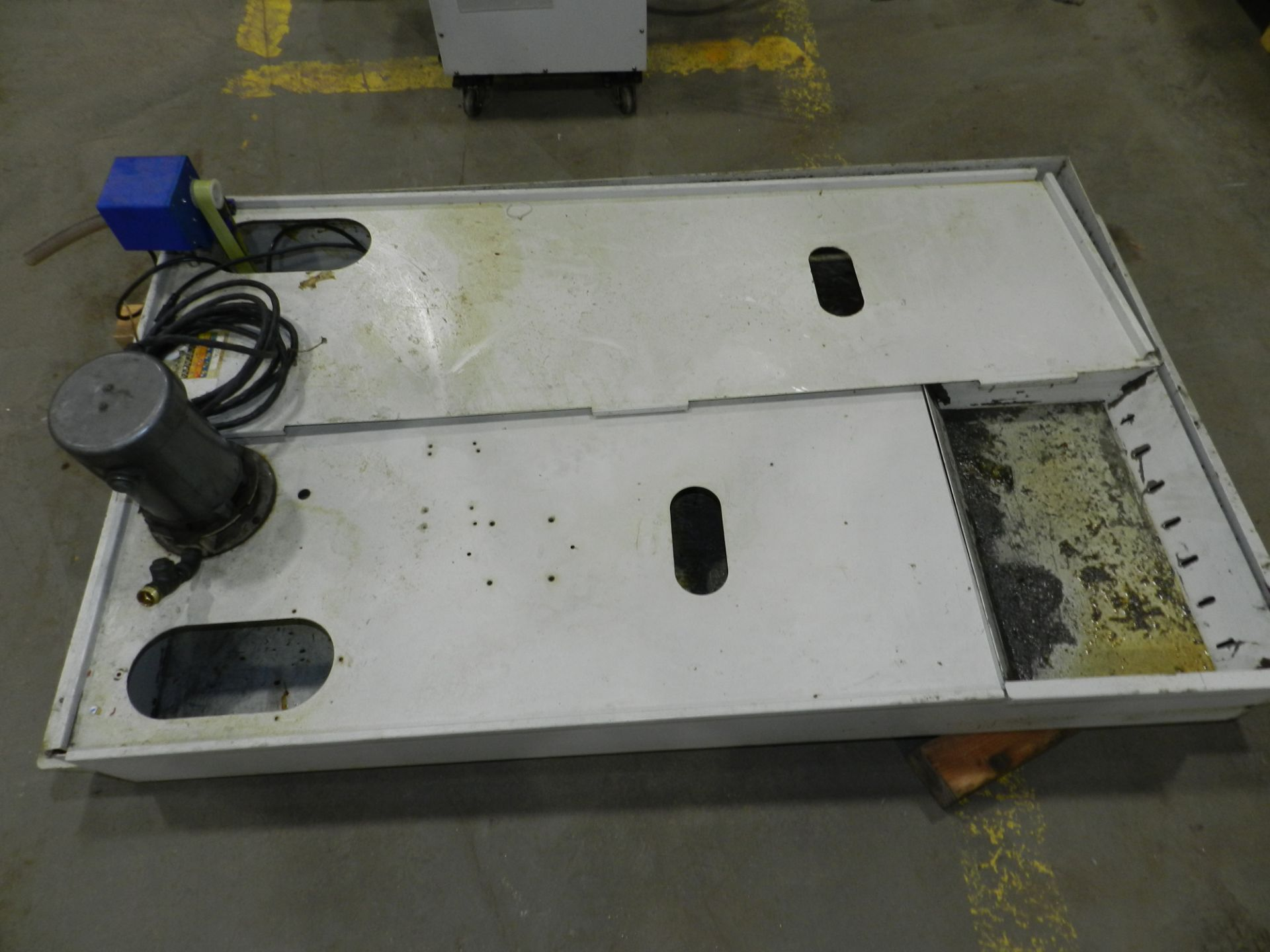 Lot 35 - HAAS VF-6 CNC Vertical Machining Center, 7500RPM Spindle Renishaw Probe
