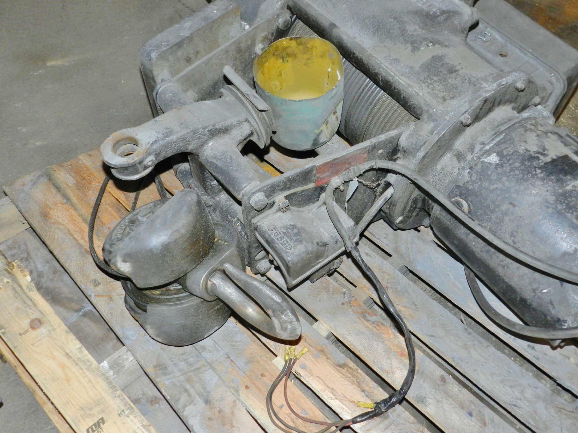 Lot 41 - Cleveland Tramrail 3 Ton Cable Hoist