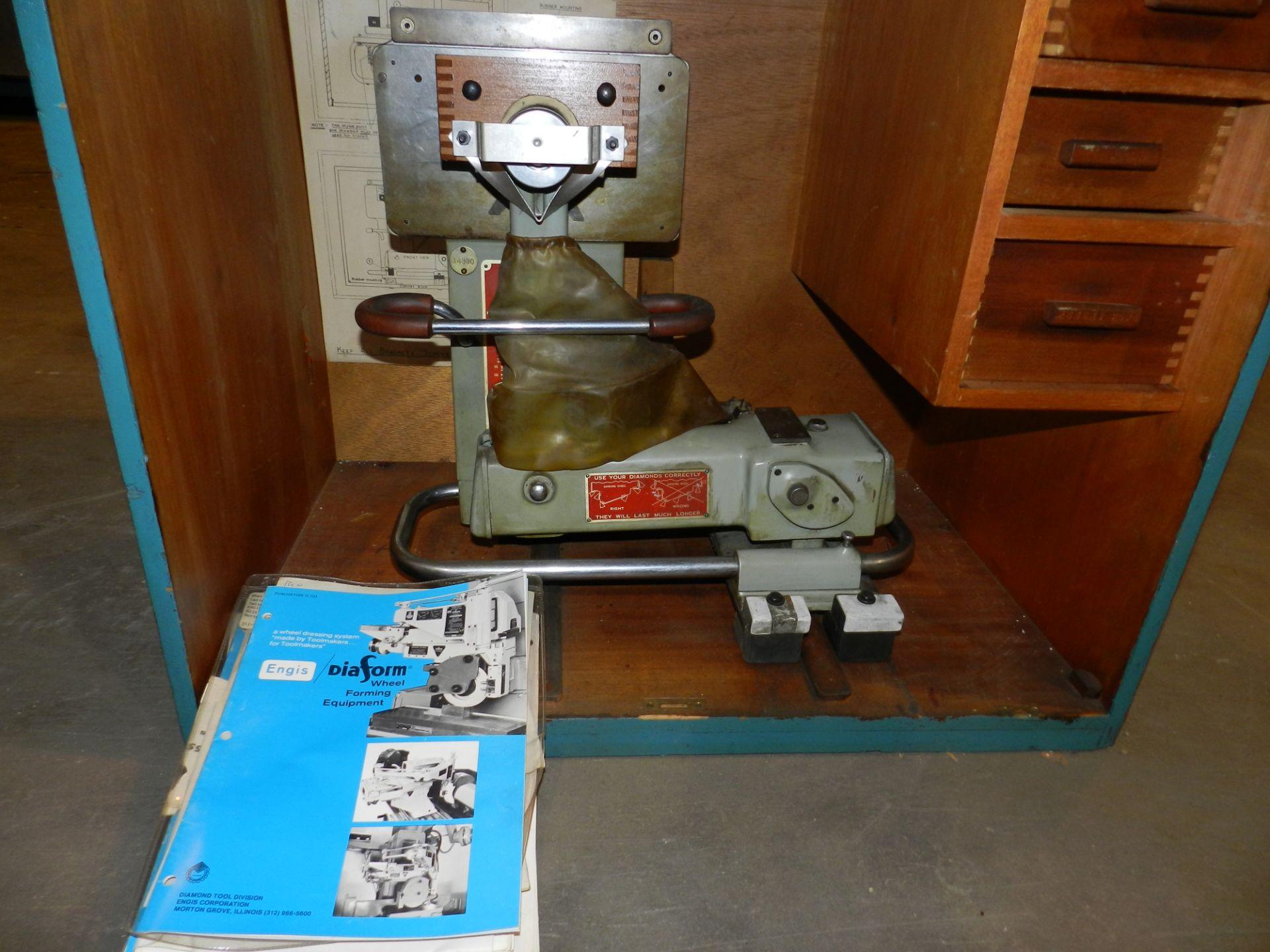 Lot 49 - Pratt & Whitney Diaform Pantograph Grinding Wheel Dresser Model AT
