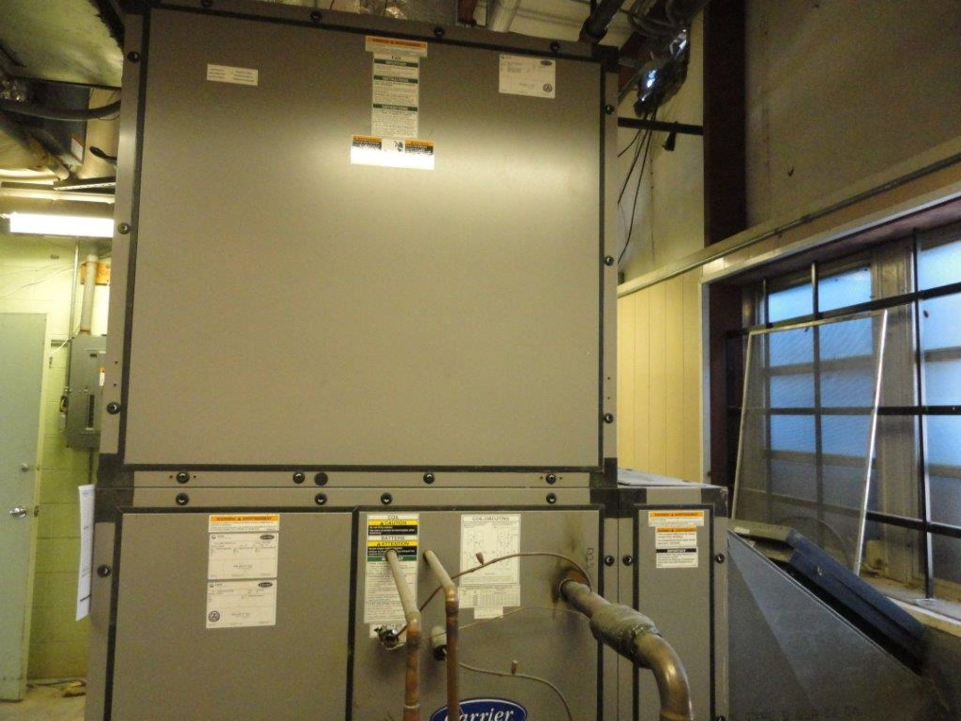 Lot 24 - Carrier Aero Indoor Air Handler 39MN17B0054VR11SXS