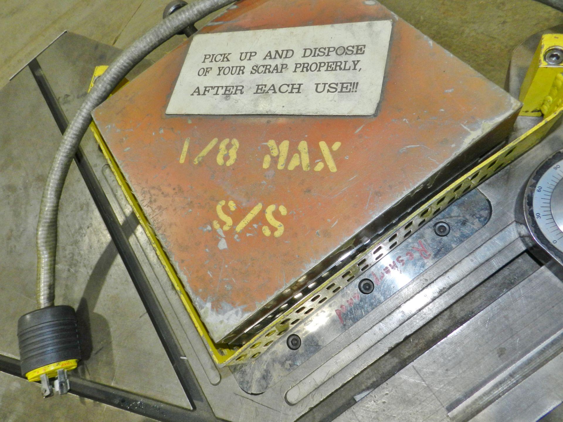 Lot 53 - Pro-Notch 10 x 10 Metal Notcher