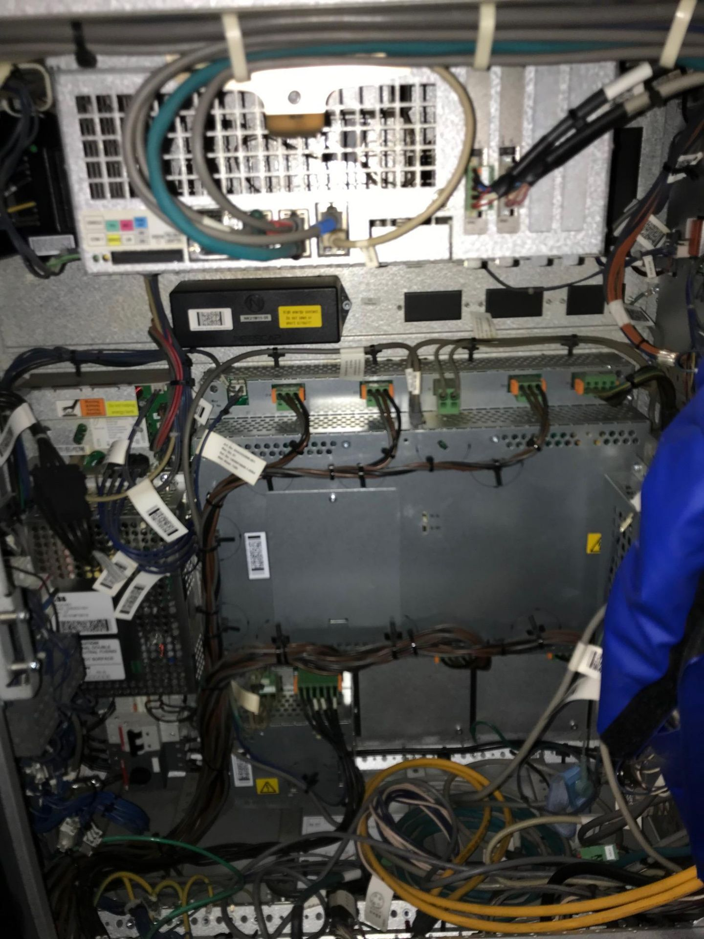 Lot 7 - 2011 - ABB - IRB6640 M2004 235/2.55 - IRC5 Controller