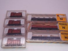 N GAUGE - A group of Spanish Outline freight wagon