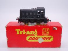 OO GAUGE - A TRI-ANG R253 0-4-0 Dock Authority Shu