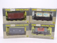 OO GAUGE - A group of rarer issue WRENN wagons - W