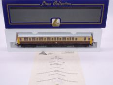 OO GAUGE - A Lima Class 121 diesel railcar, W55020, in GW brown/cream livery, #497 of 500 (The Hobby