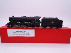 OO GAUGE - A Hornby Dublo 2224 2 rail class 8F steam loco in BR black 48151. G in collector's box