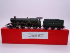 OO GAUGE - A Hornby Hall class steam locomotive, renumbered and renamed Ragley Hall in GWR green. VG