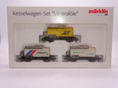 HO GAUGE - A Marklin triple tank wagon pack. E in