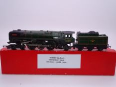 OO GAUGE - A Tri-ang Hornby steam locomotive Britannia. F in collectors box
