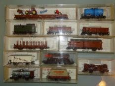HO GAUGE - A group of wagons by Fleischmann and Li