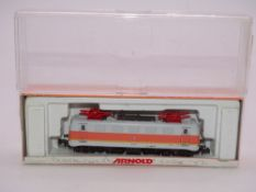 N GAUGE - An Arnold German BR 141 electric locomot