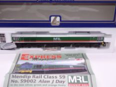 OO GAUGE - A Lima Class 59 diesel locomotive, 59002 Alan J Day, in Mendip Rail livery w/plates, #161