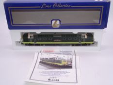 OO GAUGE - A Lima Class 55 Deltic diesel locomotive, D9000 Royal Scots Grey, in BR two tone green