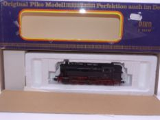 HO GAUGE - A Piko German BR82 steam locomotive in