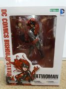FIGURES - A DC Comics BATWOMAN Bishoujo Statue by KOTOBUKIYA. As new. E in VG box