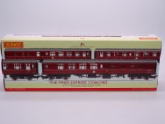 OO GAUGE - A Hornby R4229 'The Pines Express' trip