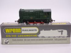 OO GAUGE - A Wrenn W2231 0-6-0 diesel locomotive i