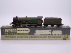 OO GAUGE - A Wrenn W2221 Castle class steam locomo
