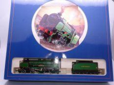 OO GAUGE - A Hornby R648 Schools Class steam locom