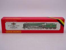 OO GAUGE - A Hornby R065 Class 9F steam locomotive