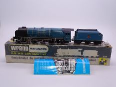 OO GAUGE - A Wrenn W2229 Duchess class locomotive