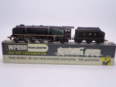 OO GAUGE - A Wrenn W2227 Duchess class locomotive
