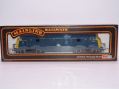 OO GAUGE - A Mainline Warship class diesel locomot