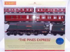 OO Gauge -A Hornby R2436 'The Pines Express' train pack including steam loco and 3 coaches - E,
