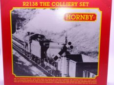 OO Gauge -A Hornby R2138 'The Colliery Set' train pack including steam loco and 6 wagons - E, unused