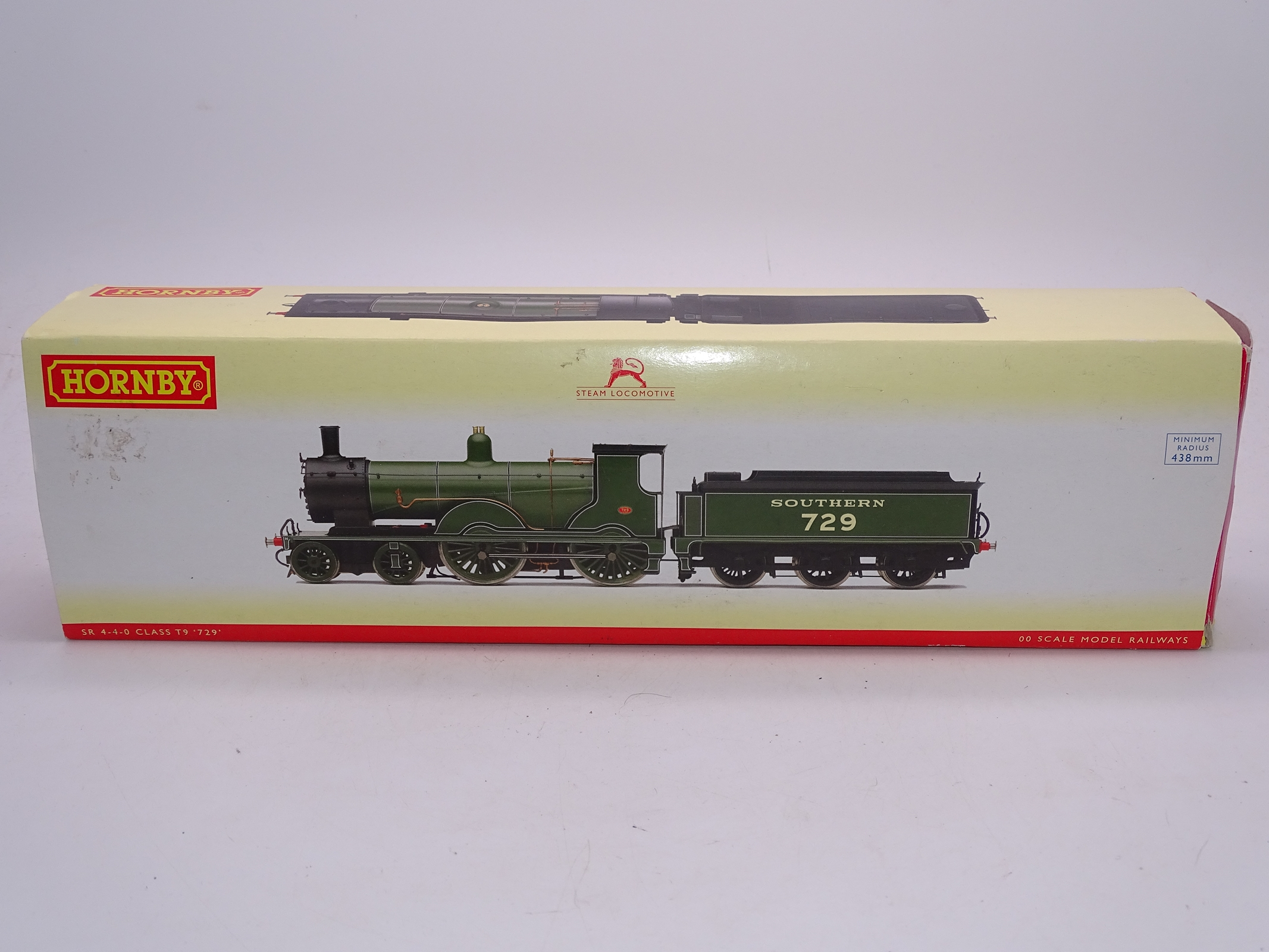 Lot 44 - OO Gauge -A Hornby R2711 Class T9 steam locomotive in Southern Railway livery - numbered 729 - VG in