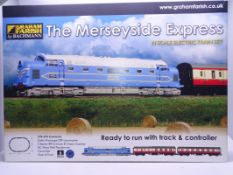 N Gauge - A Graham Farish by Bachmann 'The Merseyside Express' Train Set 370-275, including Deltic