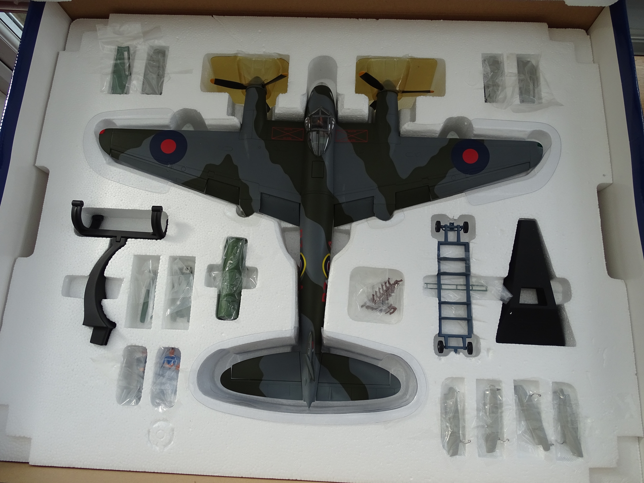 Lot 10 - A Corgi Aviation Archive AA34601 1:32 scale De Havilland Mosquito B MkXVI diecast aircraft.