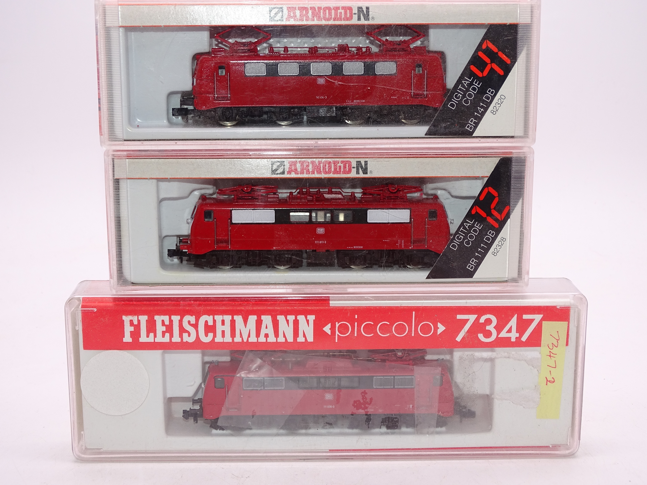 Lot 20 - N Gauge - A group of 3 German Outline electric locomotives by Arnold and Fleischmann as lotted G-