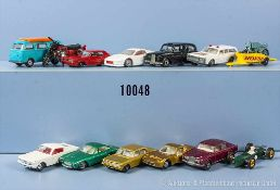 Konv. 13 Modellfahrzeuge, dabei Pkw, Sportwagen, Motorräder usw., Metallgußausf., versch.