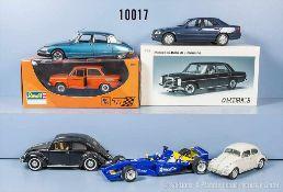 Konv. 7 Modellfahrzeuge, 6 Pkw und 1 Rennwagen, Kunststoff- und Metallausf., M 1:18 bis 1:24,