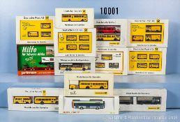 Konv. 27 H0 Modellfahrzeuge in 13 Setpackungen, überwiegen Post-Fahrzeuge, versch. Hersteller,